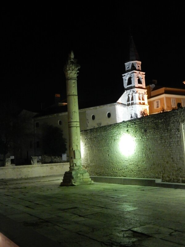 Zadar, la colonne de la honte, pilori moyen-âgeux 190217