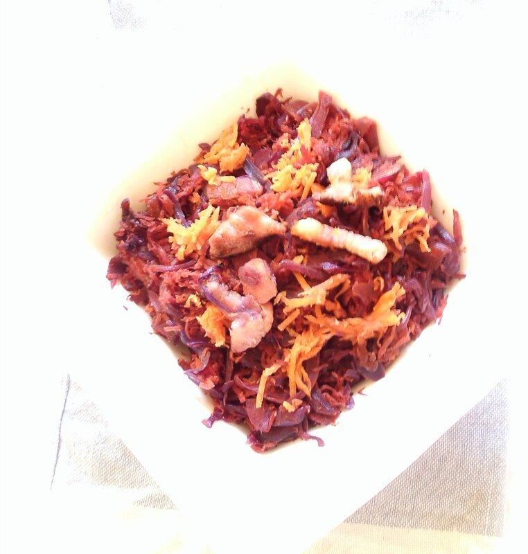 salade de choux rouge aux carottes et au lard