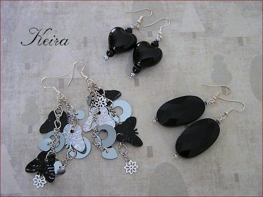 Trois paires de boucles d'oreilles noir & argent