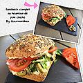 Sandwich complet au houmous de pois chiche