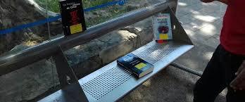 Des livres mis à disposition des usagers du tramway de Montpellier