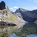 Lac d'Arrious, randonnée, Lac d'Arrious, bord de lac et pics du lac et d'Arriel (64)
