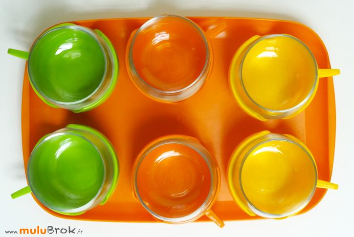 PLATEAU-et-TASSES-verre-plastique-5-muluBrok-Vintage