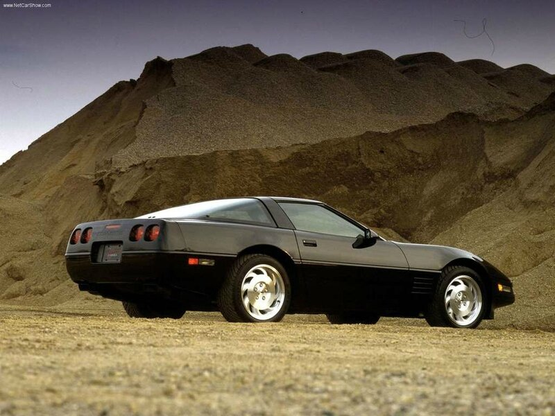 Chevrolet-Corvette_C4_1983_1024x768_wallpaper_04