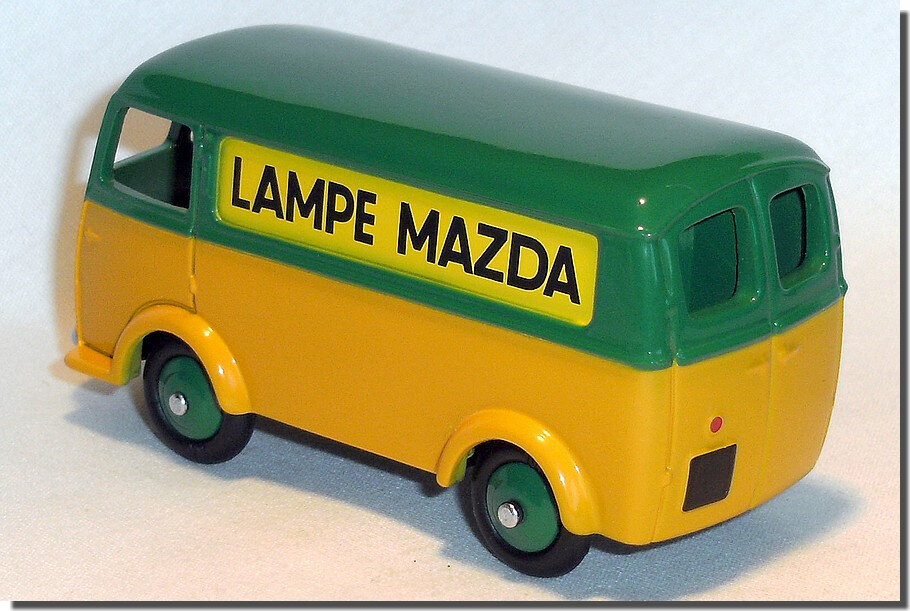 Dinky Atlas Fourgon Peugeot Lampe Mazda A 02