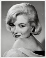 1959-12-lets_make_love-test_hairdress-studio-025-1