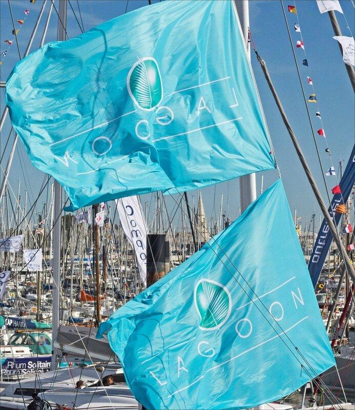 La Rochelle drapeaux vent 04102016 4