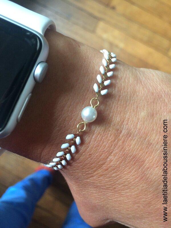 Bracelet Ludivine (doré et blanc) - 17 €