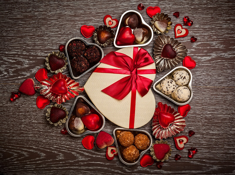 Valentine_s_Day_Sweets_Candy_Chocolate_Gifts_Heart_513482_1280x954